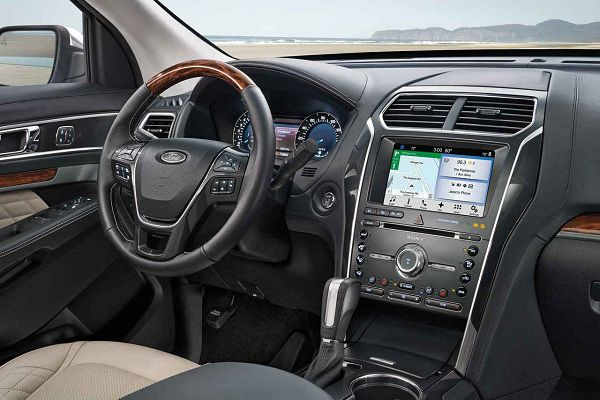 Interior of the 2017 Ford Explorer