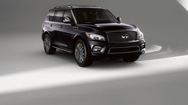 Exterior of the 2017 Infiniti QX80