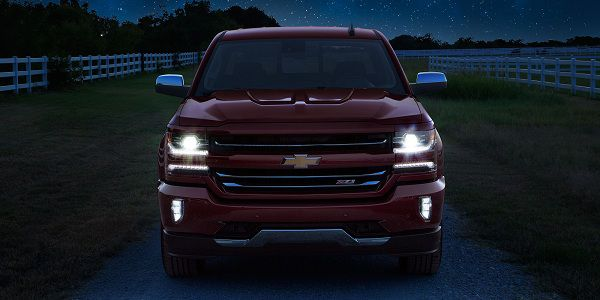 4x4 Adventure Vehicles - Design of 2018 Chevy Silverado