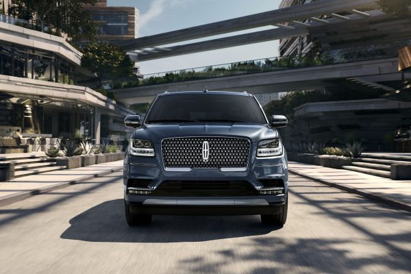 Off Road Auto – Design of the Lincoln Navigator 2019